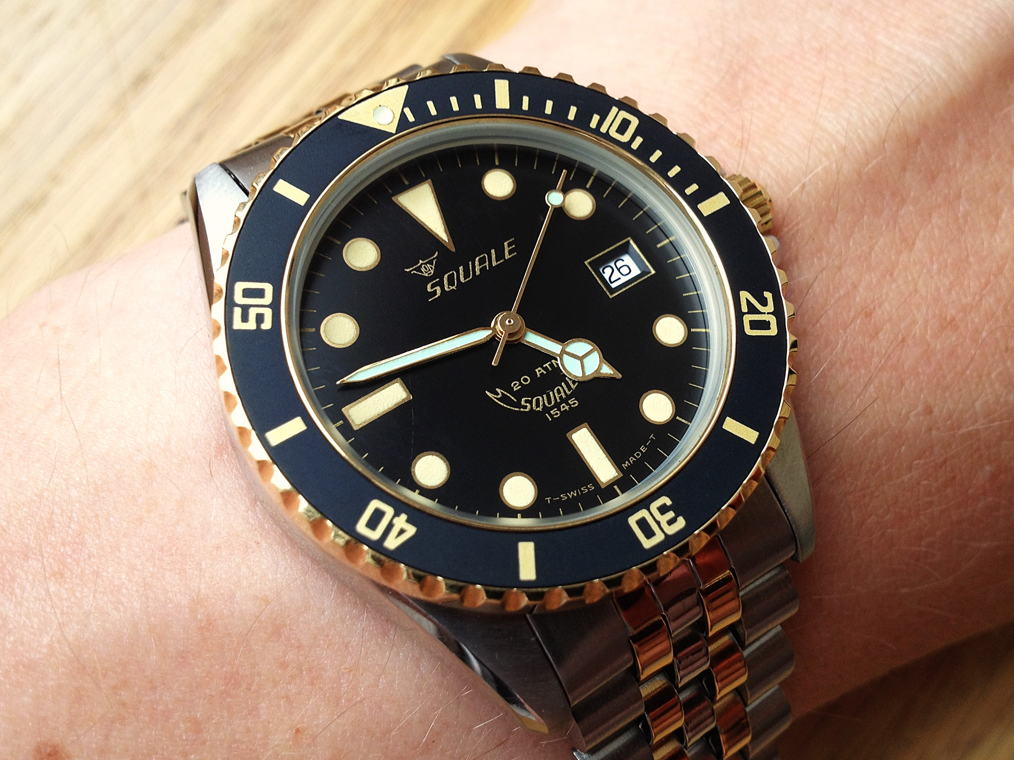 a watch flipper s diary no 136 squale 1545 058